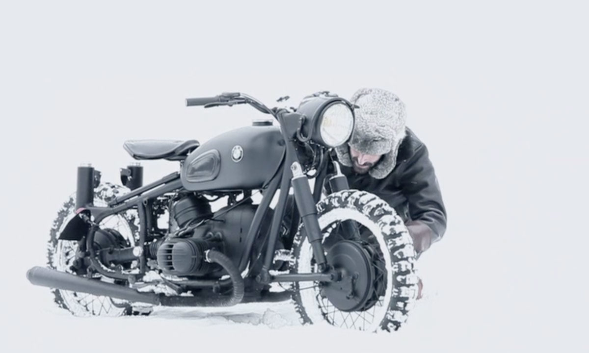 Blitz motorcycle bmw snow ride video