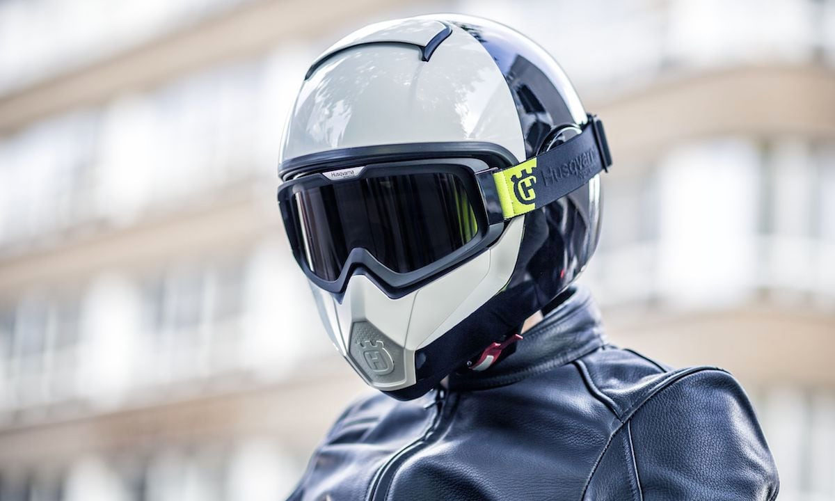 Husqvarna Vitpilen Motorcycle Helmet review
