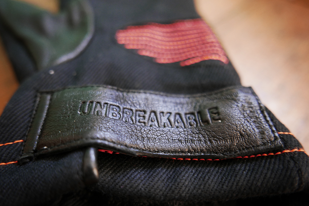 Saint unbreakable motorcycle gloves