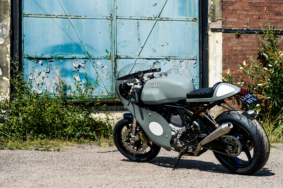 Ducati 1000ss cafe racer motorcycle