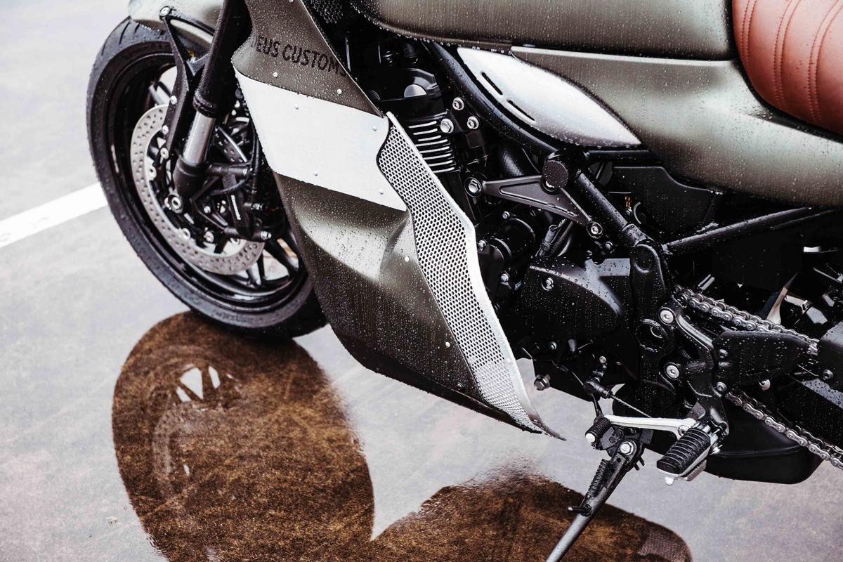 Kawasaki Z900RS custom Deus ex Machina