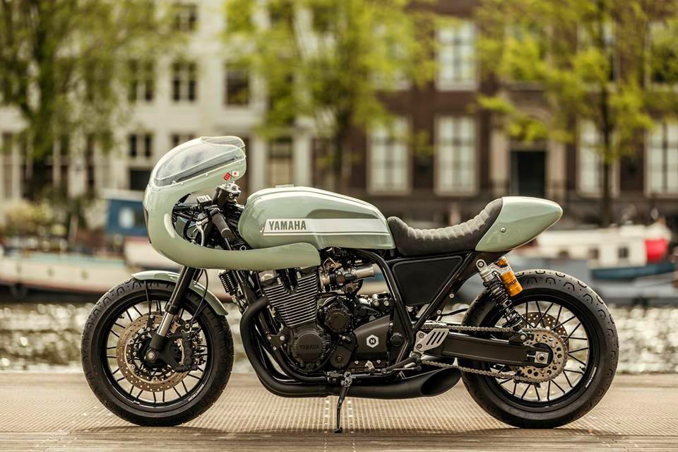 Numbnut Yamaha XJR1300 cafe racer