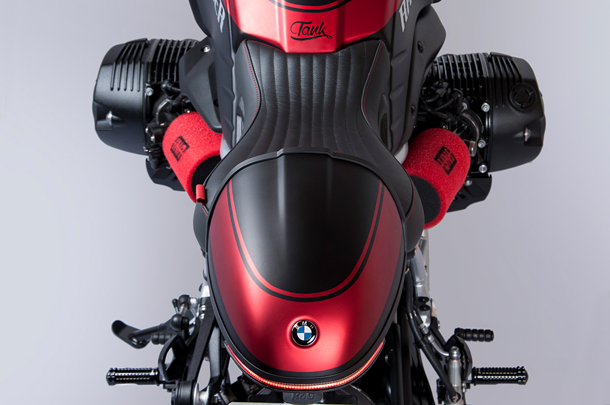 Tank Machine custom BMW R9T