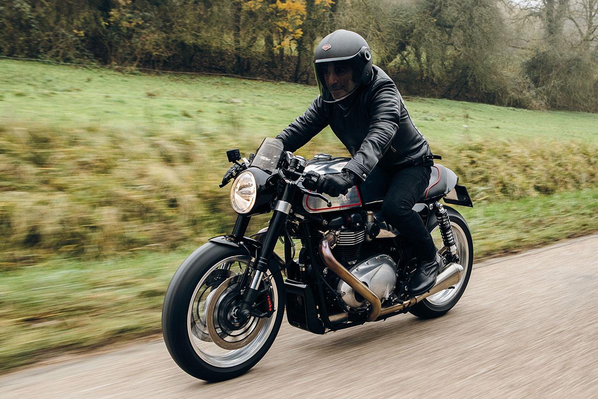 Blacktrack motors Triumph Thruxman