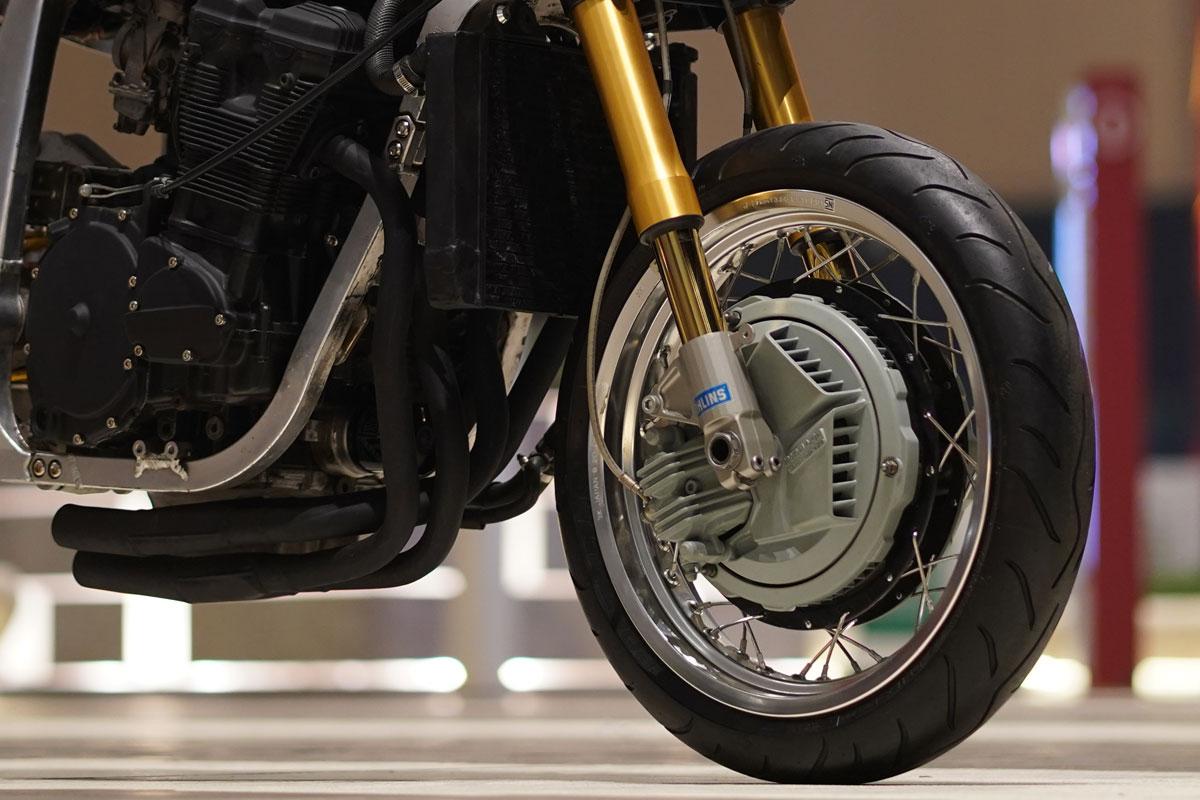 Suzuki GSXR750 cafe racer