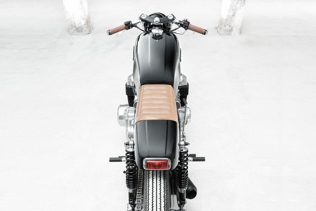 Honda CB750 K2 cafe racer