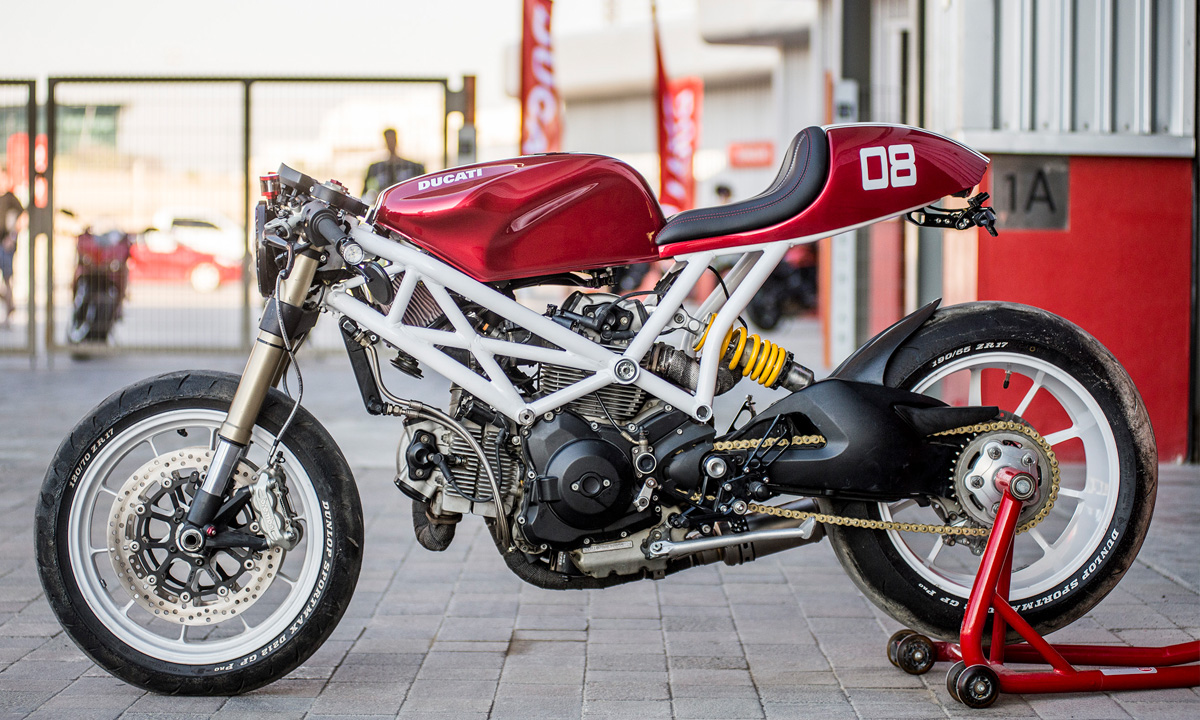 Ducati Monster 1100 cafe racer