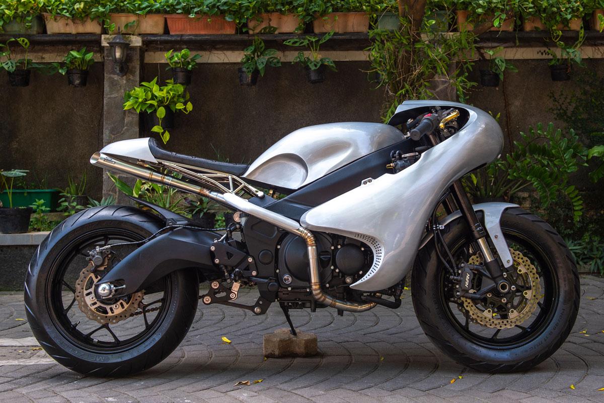 custom kawasaki zzr600