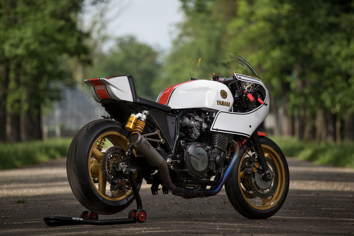 motor bike expo yamaha xjr1300