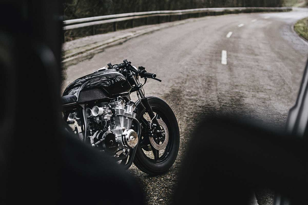 Camber CB900 cafe racer