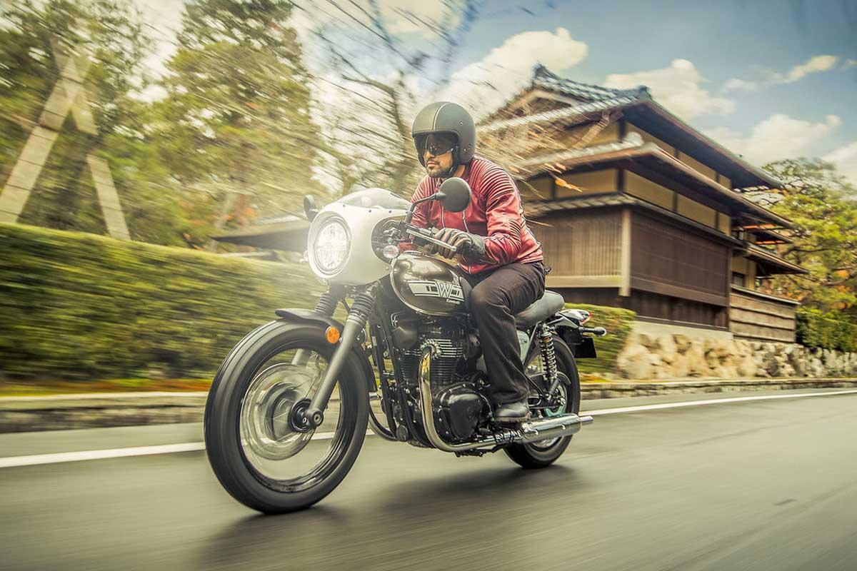 Kawasaki W800 Cafe Racer