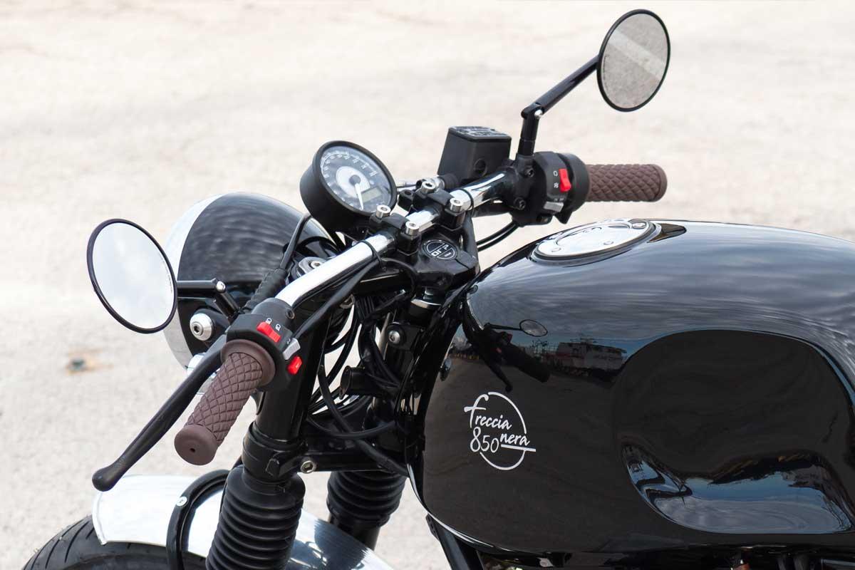 Officine Rossopuro Moto Guzzi cafe racer