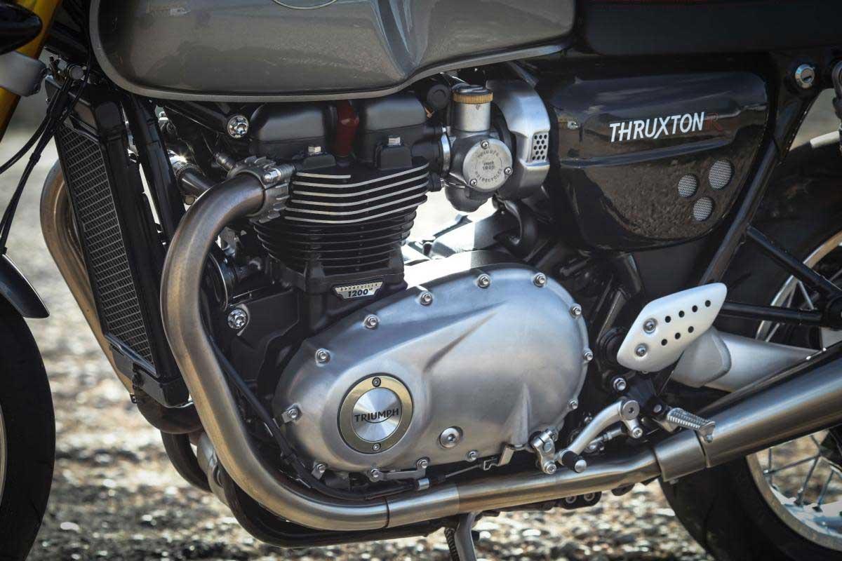 Triumph Thruxton R Review