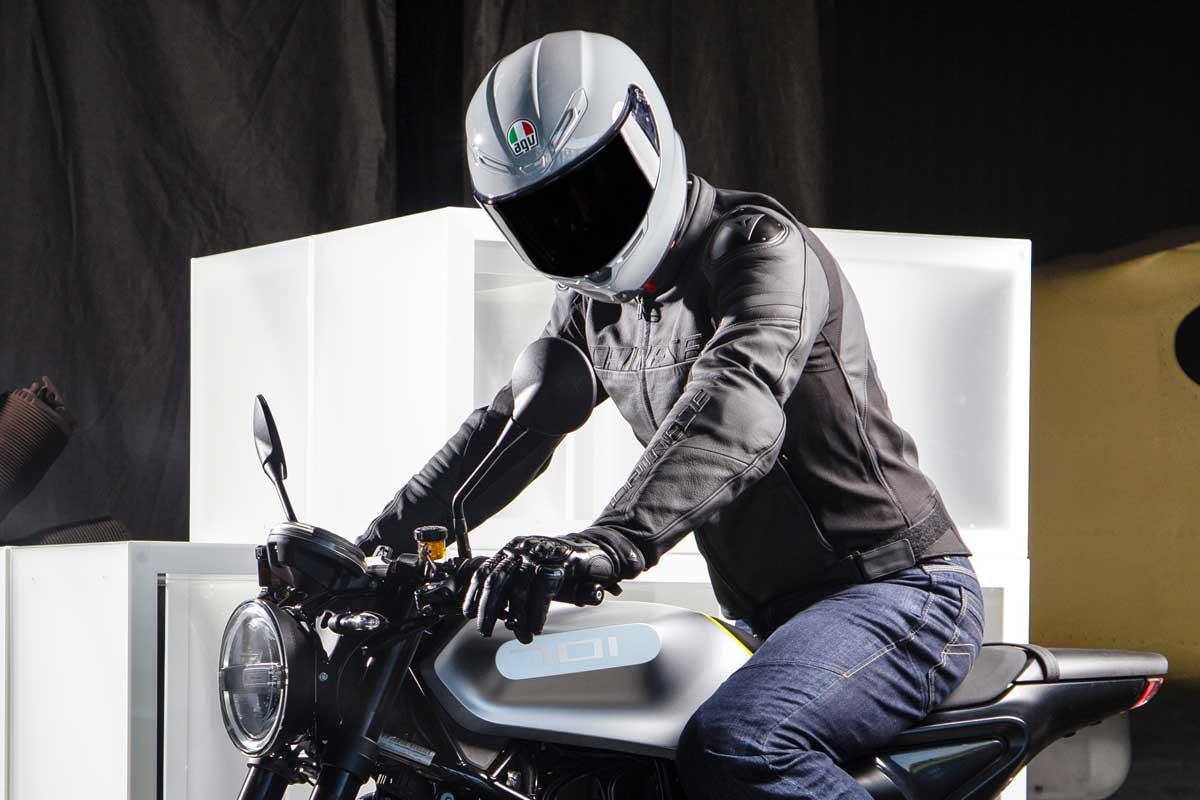 AGV K6 Helmet