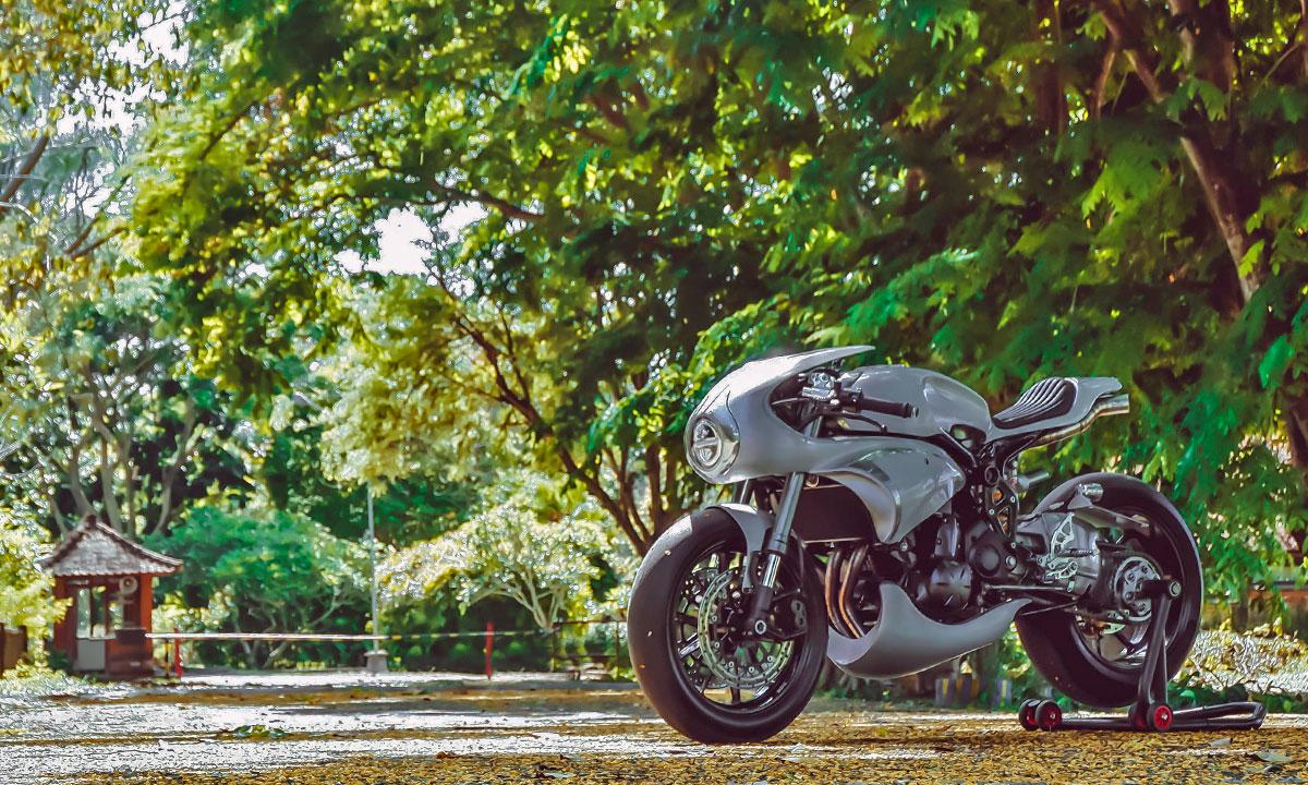 AMS Garage Kawasaki ER6N