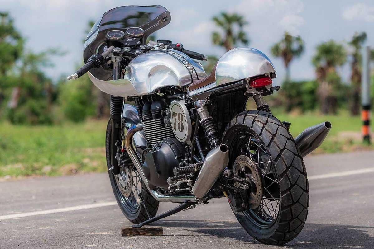 Omega Racer Triumph Bonneville