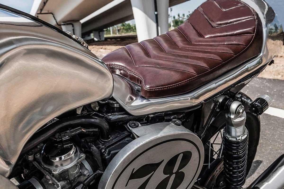 Triumph Bonneville Cafe Racer parts