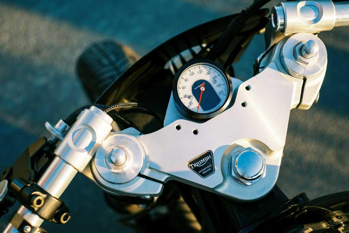 Triumph Street Tracker