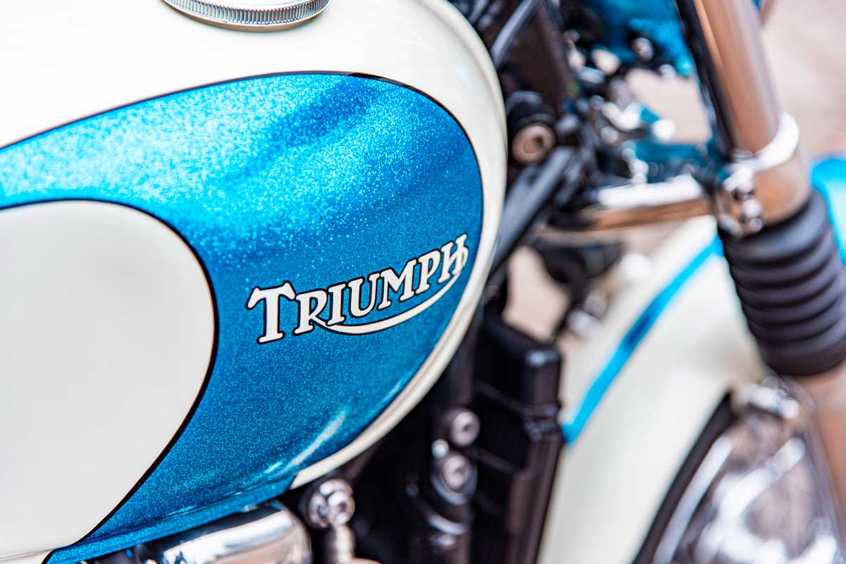 Revival Cycles Triumph Bobber