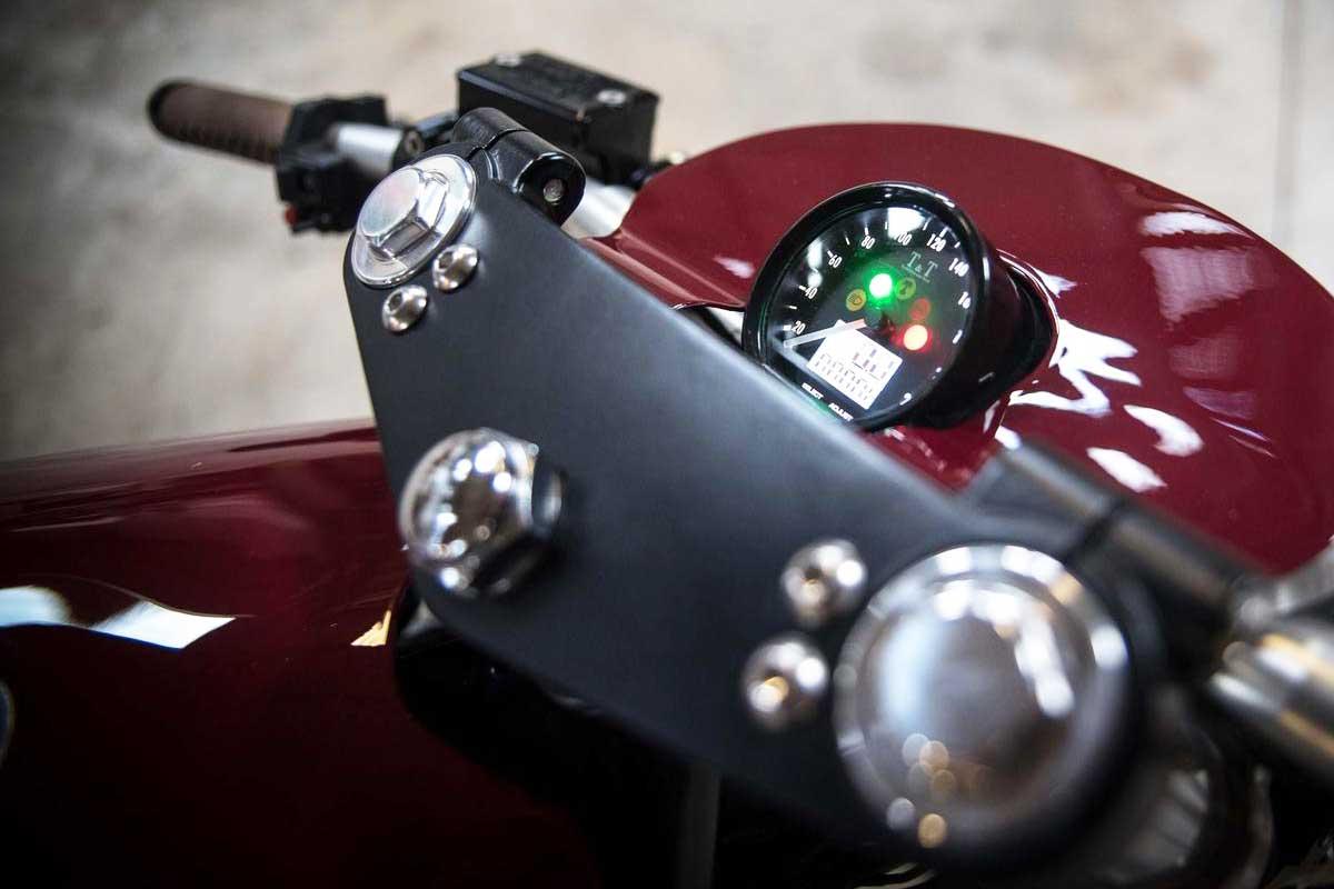 Custom Triumph Sprint