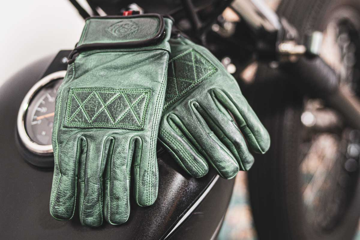 Moto Est 78 gloves