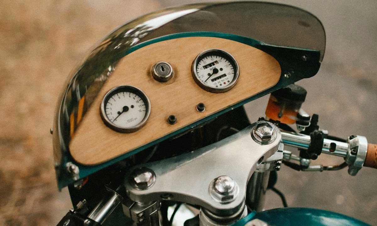 Cafe Racer dials