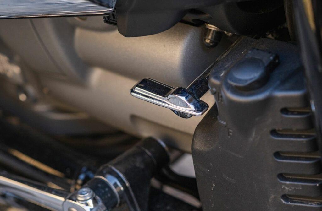 R18 reverse gear switch