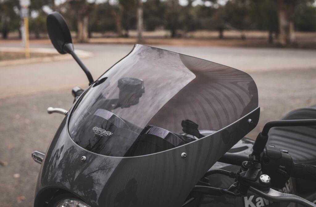 Kawasaki Z900RS MRA Windscreen