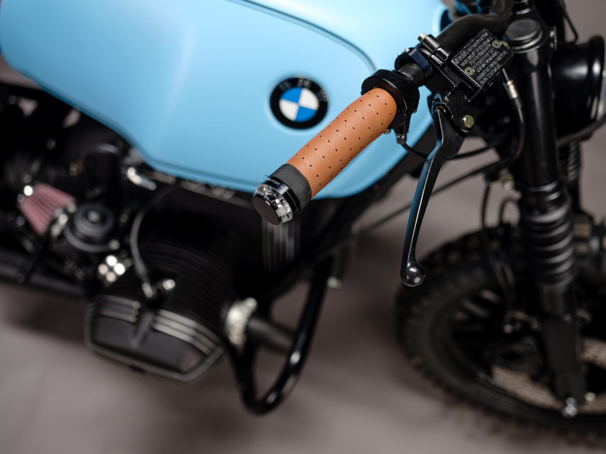 Throttle detail for custom 1982 BMW R65 Scrambler from AMP Motorcycles in Germany