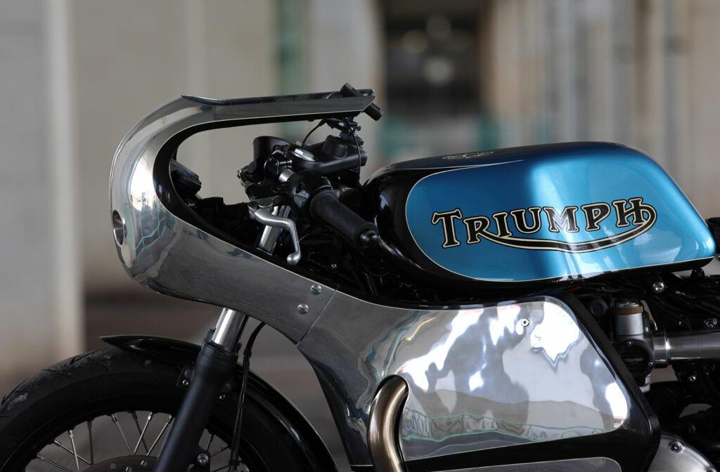 Hidemo Triumph Bobber Cafe Racer