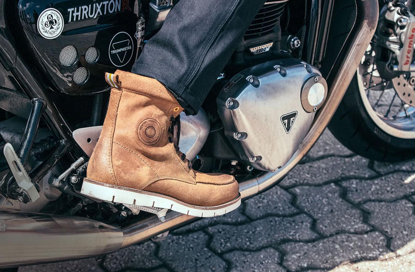 Revi'it! Yukon motorcycle boots