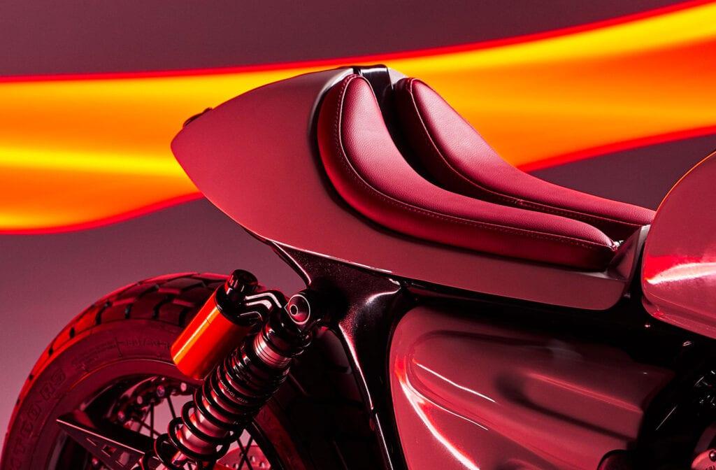 Custom Triumph Thruxton RS